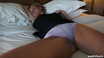 Indigames Pacificas Stories Boyfriend sleeping with mom