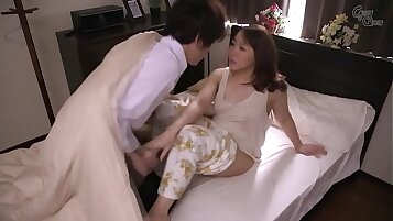 7 Cute Japanese Mother Cam Hole