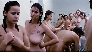 Angel Rose works deep till a throbbing cumnet shower