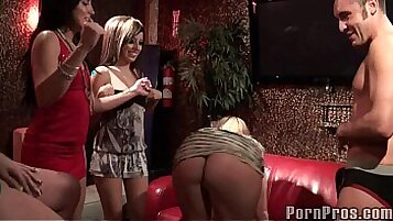 Bi Sluts Daily Stripping in Difting Party