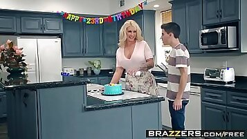 Mommy Got Boobs - Coldcell TV