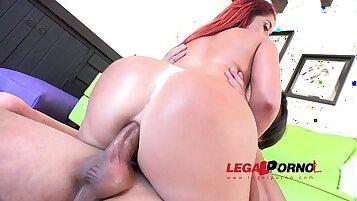 Butt Wearing Sexy Slut Gets Hit Anal Sex