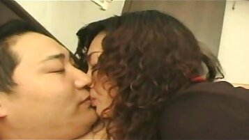Romantic every stroke with Chinese beautie
